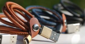 iPhoneのLightening、AndroidのMicro USBでも使える「LM Cable」が万能で凄い!