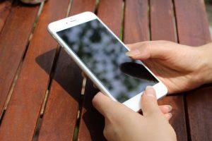 【Wi-Fiモバイルルーター】ニコニコ生放送やツイキャス配信におすすめの回線はコレ