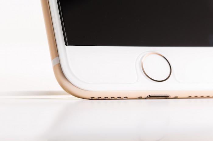 iPhoneのホームボタンを画面に出す方法|ボタンが動かない/反応しない時に使おう!